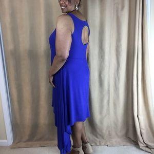 SWAK Dress w/ Sharkbite Hem & Keyhole Back Size 1X
